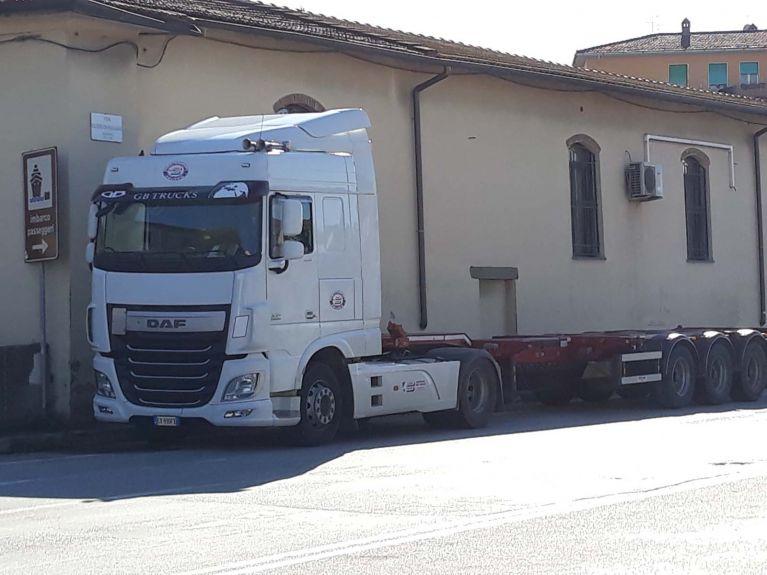 Esterno sede Livorno