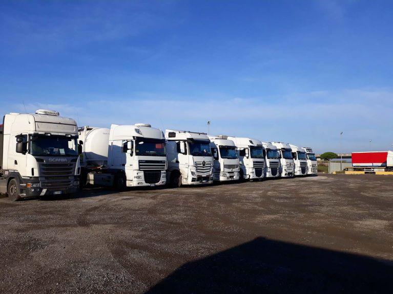 Dettaglio mezzi pesanti Cora Trasporti